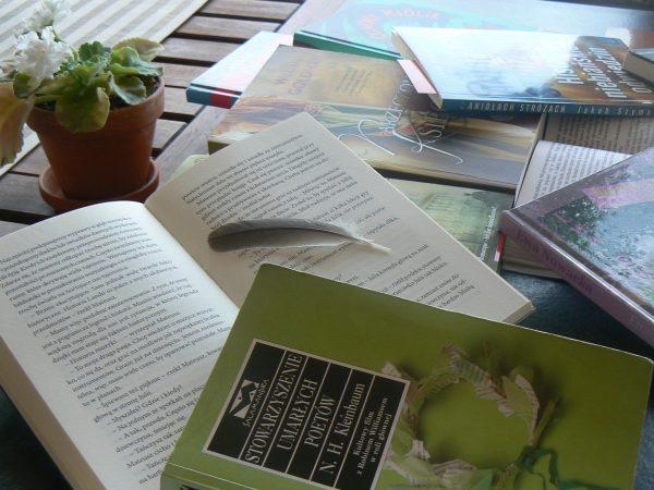 Książki i pióro